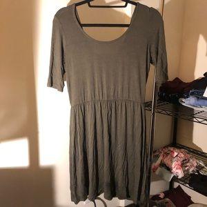 Green 1/4 Sleeve Dress
